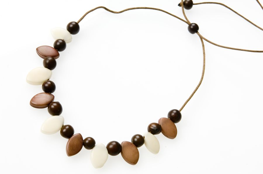 bead necklace products photography
