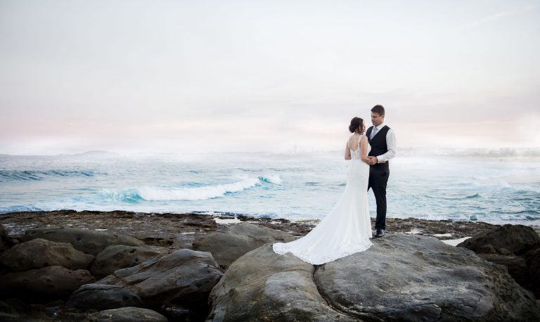 Wollongong beach wedding